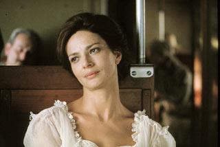 Laura Morante in una scena del film Un viaggio chiamato amore