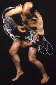 Sterlac e il corpo tecnologico