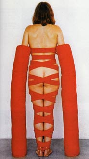 Rebecca Horn, Arm extension,1970