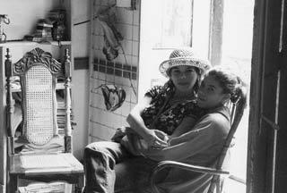 Elvira e sua figlia Dayana, foto di Paolo Ghiotto Marin