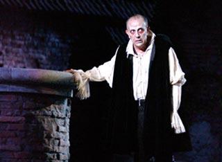 Leo Nucci interpreta Il Rigoletto di Giuseppe Verdi andato in scena all arena di Verona