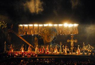 Allestimento della Tosca 2008 all Arena di Verona
