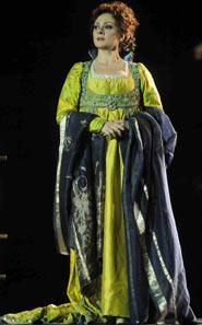 Daniela Dessi interpreta Tosca nell allestimento della Tosca 2008 all Arena di Verona