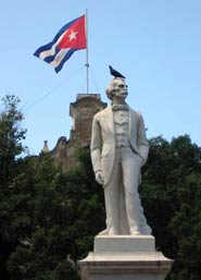 Statua di Josè Martì a Cuba