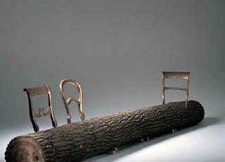 Tree-trunk bench di Jurgen Bey