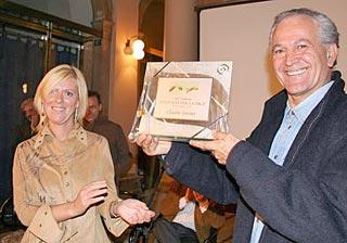 Claudio Turina riceve il premio Un poeta per la pace
