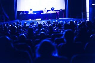 Performance dei port-royal a concludere la quarta edizione di Catodica, rassegna di videoarte organizzata da Fucine Mute e dal Gruppo 78 in collaborazione con Trieste Film Festival