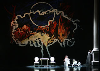 Allestimento della Norma al Verdi di Trieste stagione 2008-2009