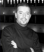 Il baritono Gezim Myshketa