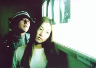 """""""Public Toilet"""": Kim (Hyuk Jang) e Ocean (Yanghee Kim) — Questa ragazza non ha ossa! dice di venire dall'oceano"""