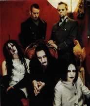 Il gruppo Marilyn Manson nel 1996, anno della collaborazione con Floria Sigismondi