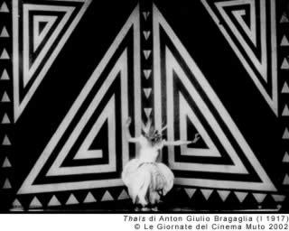 Thaïs (I 1917) di Anton Giulio Bragaglia © Le Giornate del Cinema Muto 2002