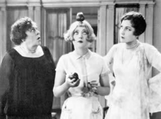 THE PATSY / FASCINO BIONDO (US 1928) — Photograph credits: Le Giornate del Cinema Muto 2002