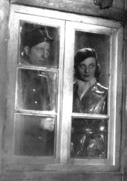 Il porto delle nebbie, 1938