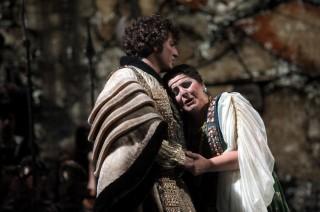 Mario Cassi (Conte di Vergy) e Maria Agresta (Gemma)