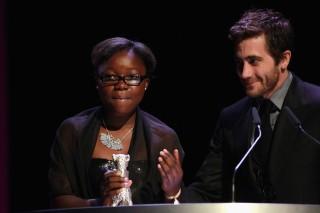 Rachel Mwanza e Jake Gyllenhaal