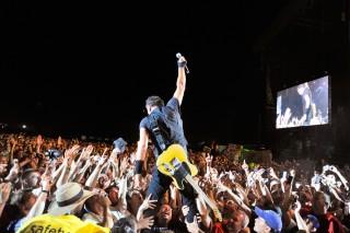 Bruce Springsteen e pochi fortunati fan