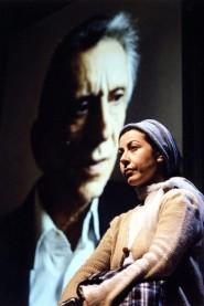 Roberta Biagiarelli durante uno spettacolo