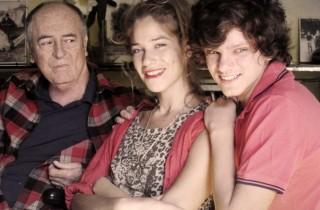 Il cast con Bertolucci