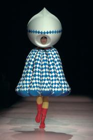 Hideki Seo, 'Swimming in the Garment', MA collection Antwerp Fashion Department, 2005, © photo: Etienne Tordoir