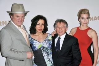 Yasmina Reza con il cast di Carnage e Polanski
